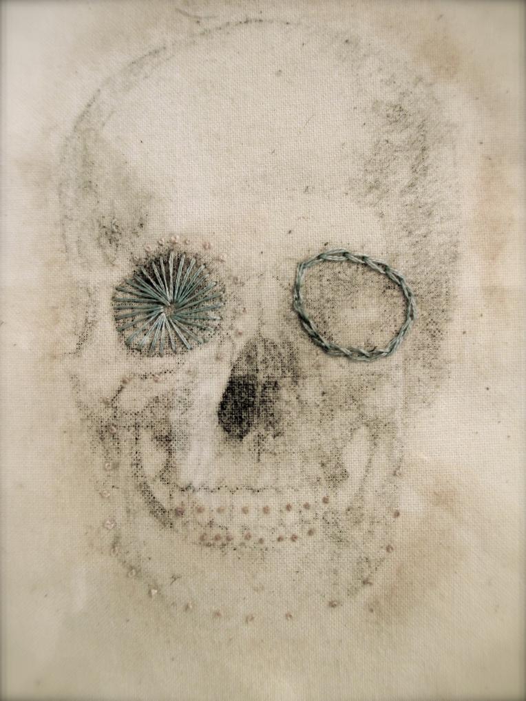Stocking Silk Embroidered Skull