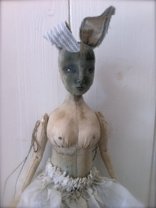 The Pale Rook - Dolls, art and oddities