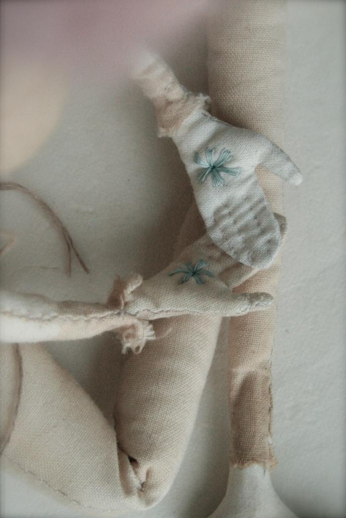 Cordelia's hands