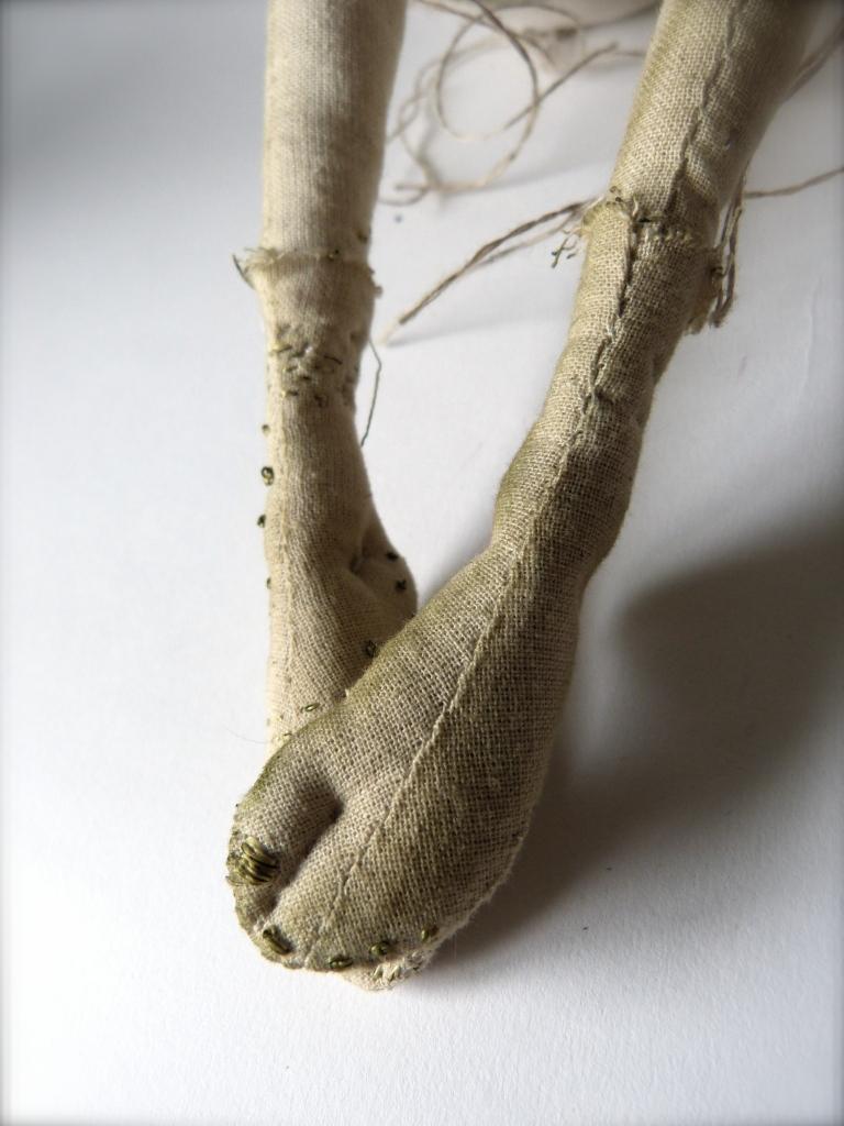Selkie's golden toes